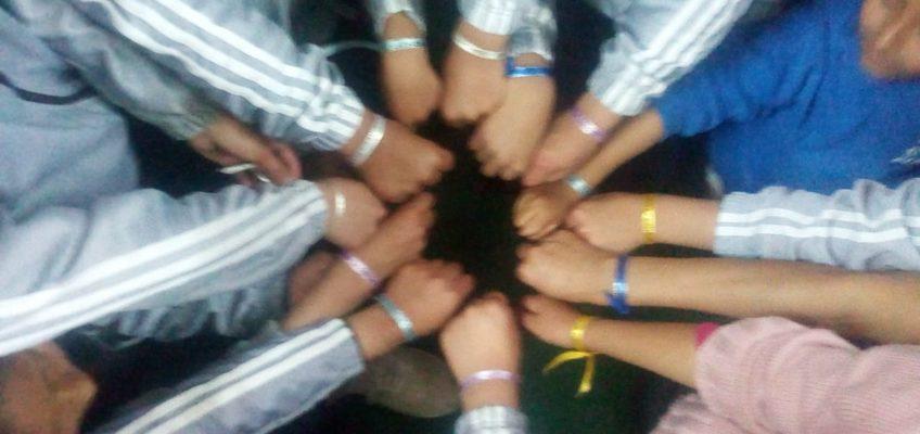 Les bracelets à messages