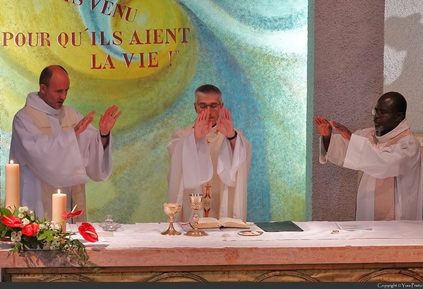 Consécration dans la chapelle Ste.Émilie de Rodat