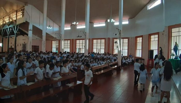 Une vaste assemblée