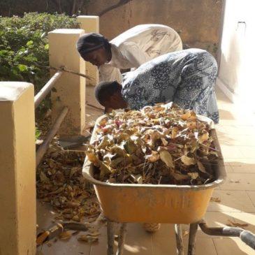 Au Sénégal le confinement avive la proximité avec autrui et avec Dieu (Fr/Es/Eng)