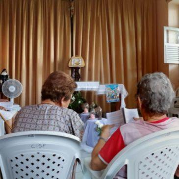 Au Brésil, du silence à l'union dans la prière (fr/bres)