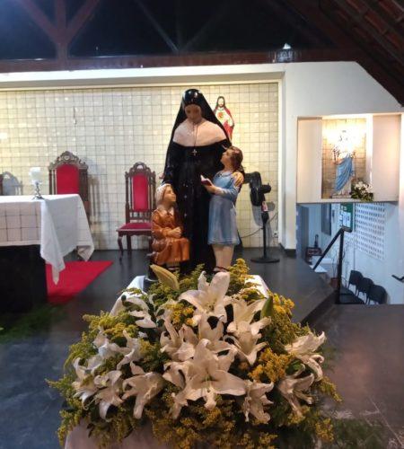 Sainte Émilie dignement fleurie