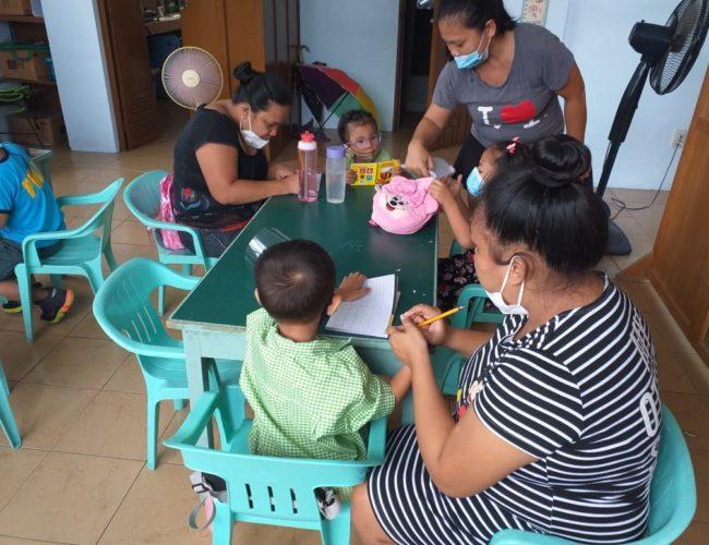 Atelier pour mamans avec leurs enfants