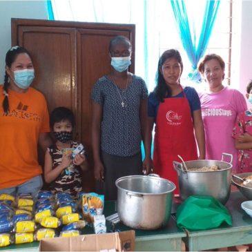 Nourrir les enfants mal nourris aux Philippines (frs/Eng)